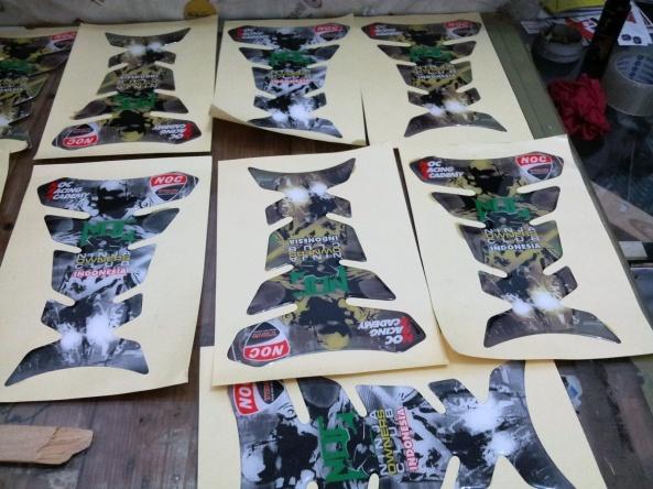 Sticker-Tankpad-produksi-RONIta
