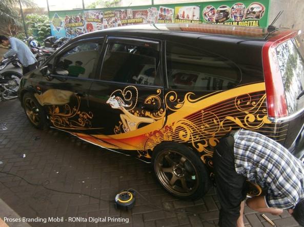 branding-mobil-custom-ronita