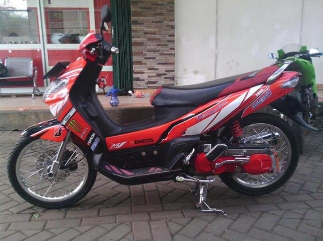 striping motor modifikasi ronita