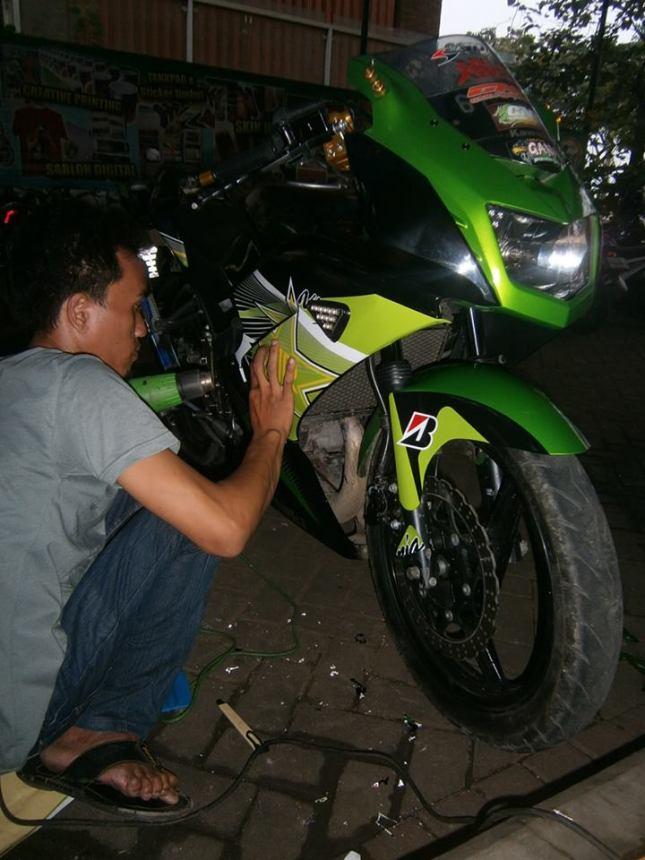 masang striping motor