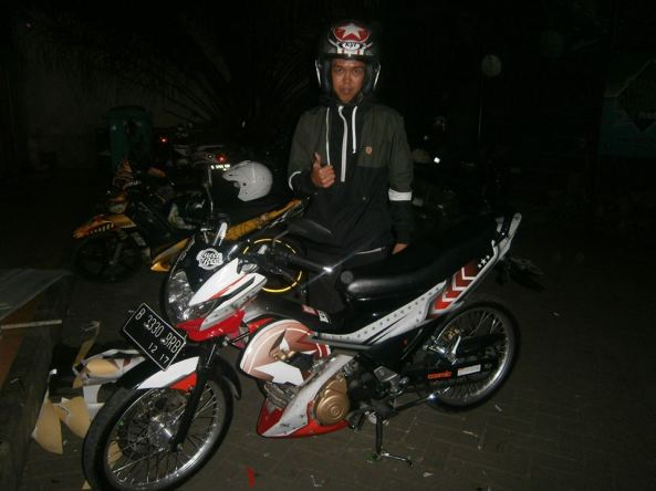 sticker striping satria