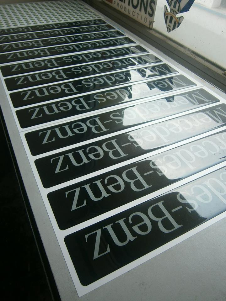 sticker vinyl timbul ronita digital printing. Black Bedroom Furniture Sets. Home Design Ideas