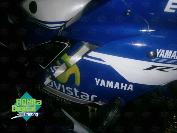 Yamaha R15 Motif movistar 2014 4