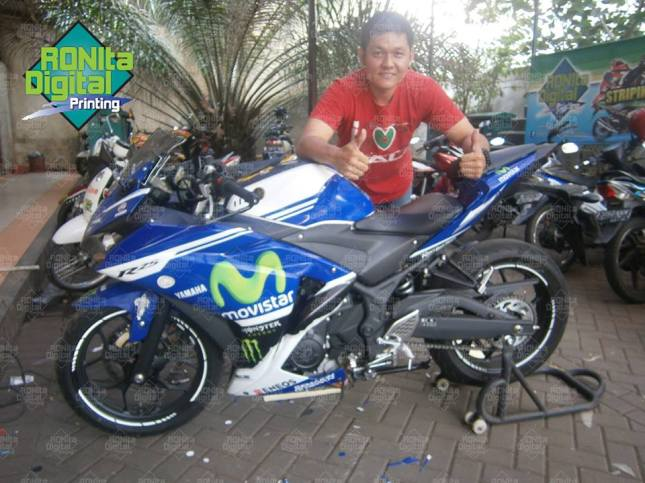 Yamaha R25 motif yamaha movistar 2014 workshop RONIta BSD
