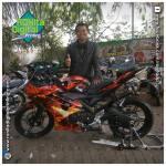 Yamaha R15 on fire dengan decal striping dragon fire produksi RDS RONIta DigitalPrinting
