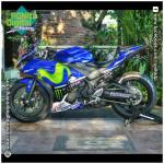 Modifikasi Sticker Motor Yamaha R25 Dengan Motif MotoGP Movistar 2015