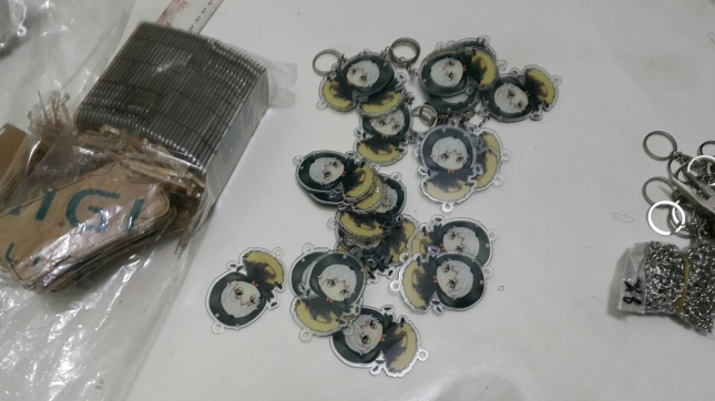 Jasa Cetak Gantungan Kunci Acrylic Custom